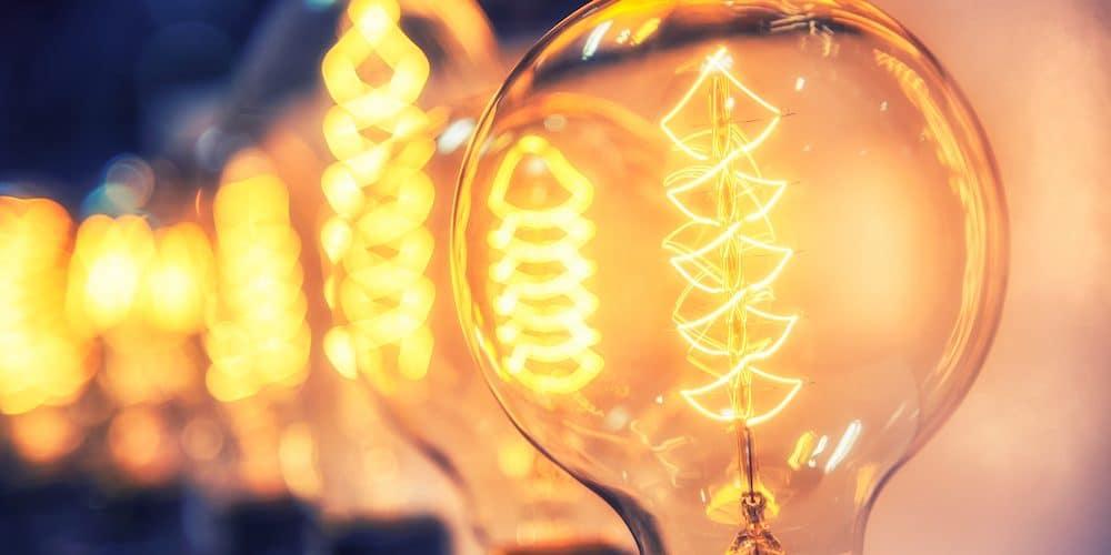 kuva sähkölampuista